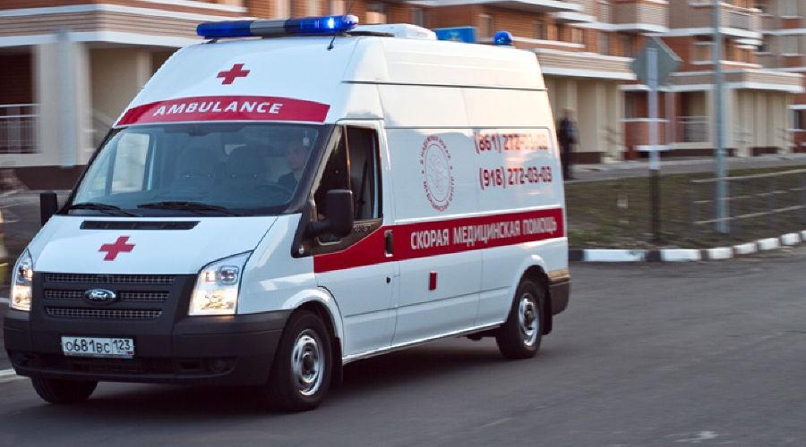 Тело женщины согнестрельным ранением найдено вподъезде жилого дома встолице