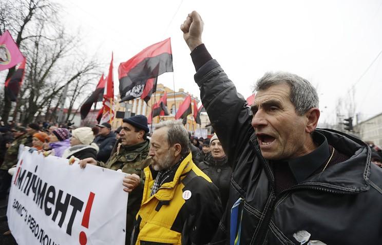 ВКиеве около 50 тыс. человек приняли участие вмарше заимпичмент