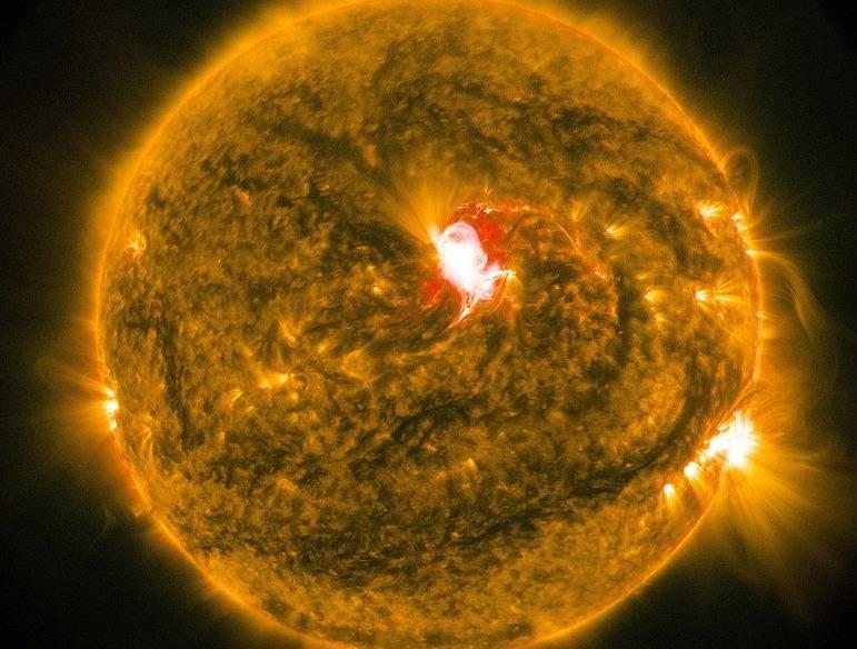 Ученые узнали, когда Солнце на100% испепелит Землю