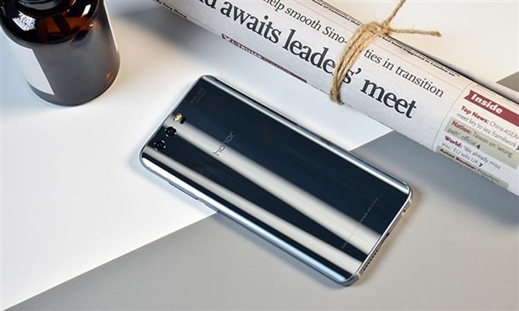 Смартфон Honor 9 Lite получит полноэкранный дизайн и 4 камеры