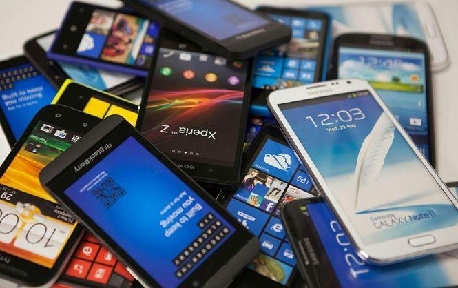 Названы самые популярные в России б/у смартфоны