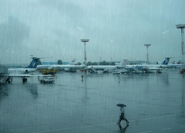 Пассажиров аэропорта Чебоксар из-за непогоды отправят в столицу Российской Федерации изКазани