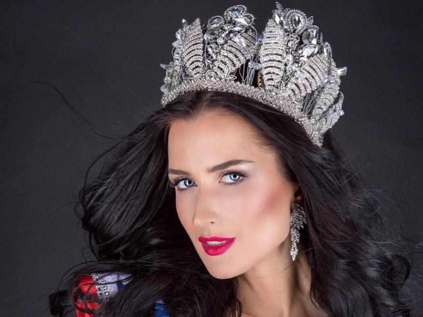 Жительница Новосибирска вошла вТОП-12 самых красивых жен иматерей мира