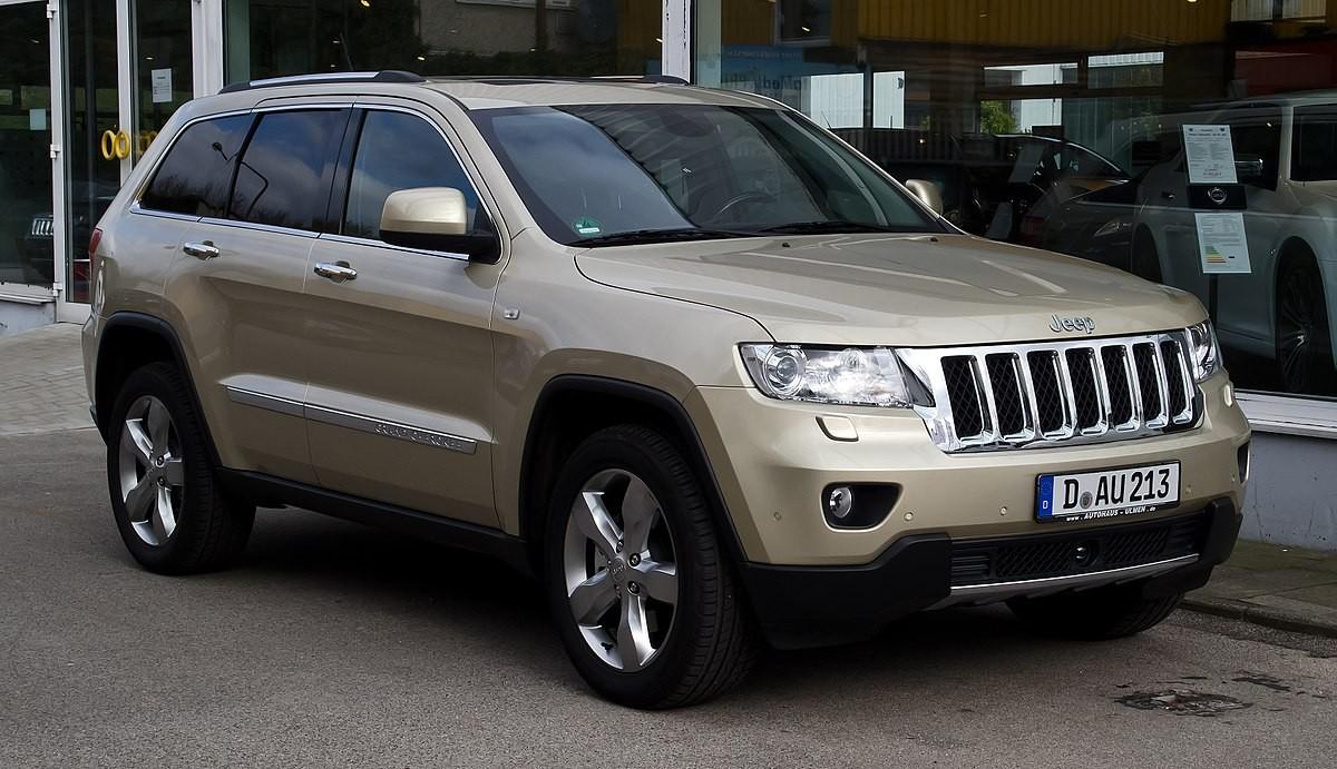 Jeep в РФ отзовет неменее и 10 000 вседорожников Grand Cherokee