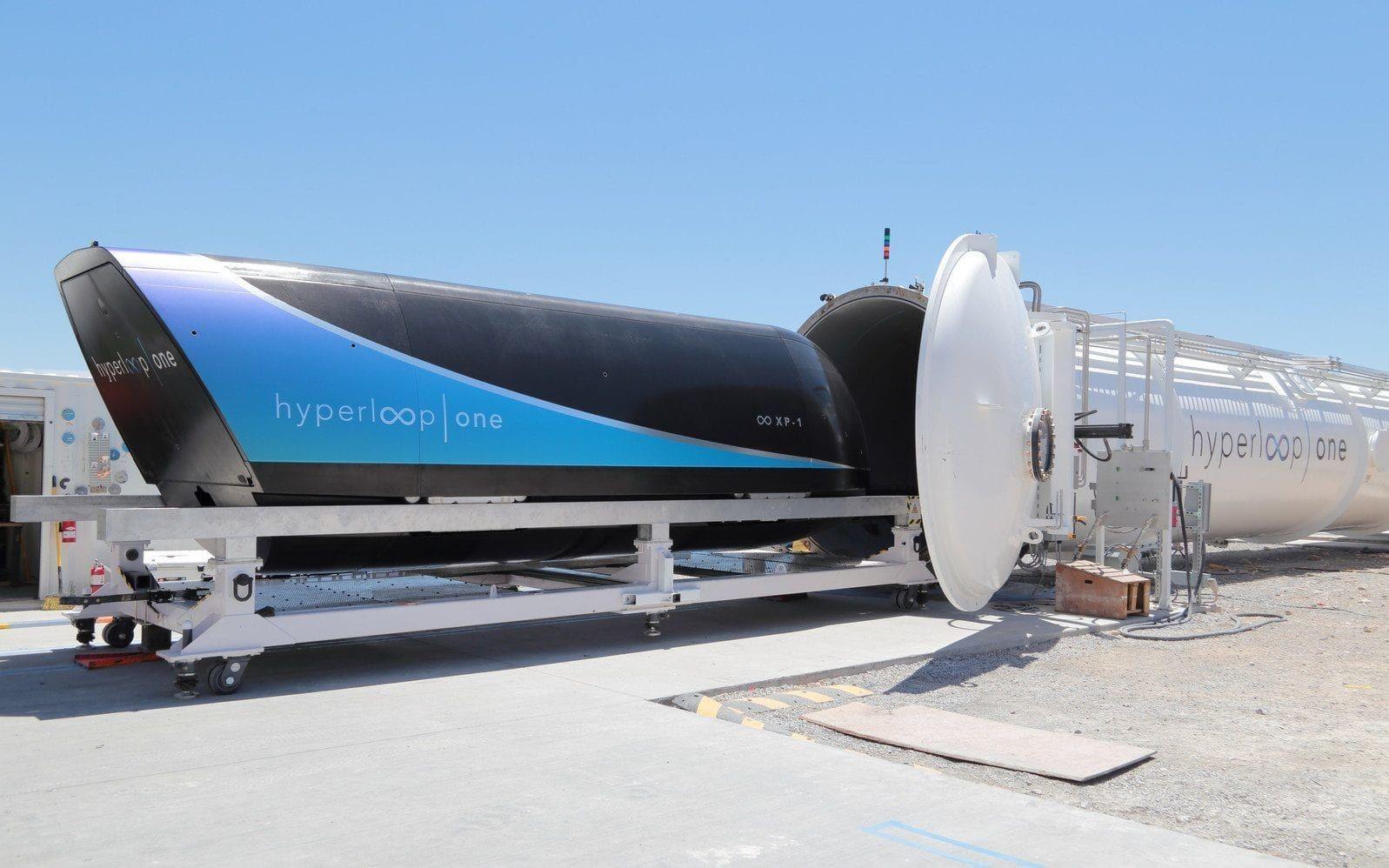 Капсулу Hyperloop One смогли разогнать до386 км/ч, установив новый рекорд