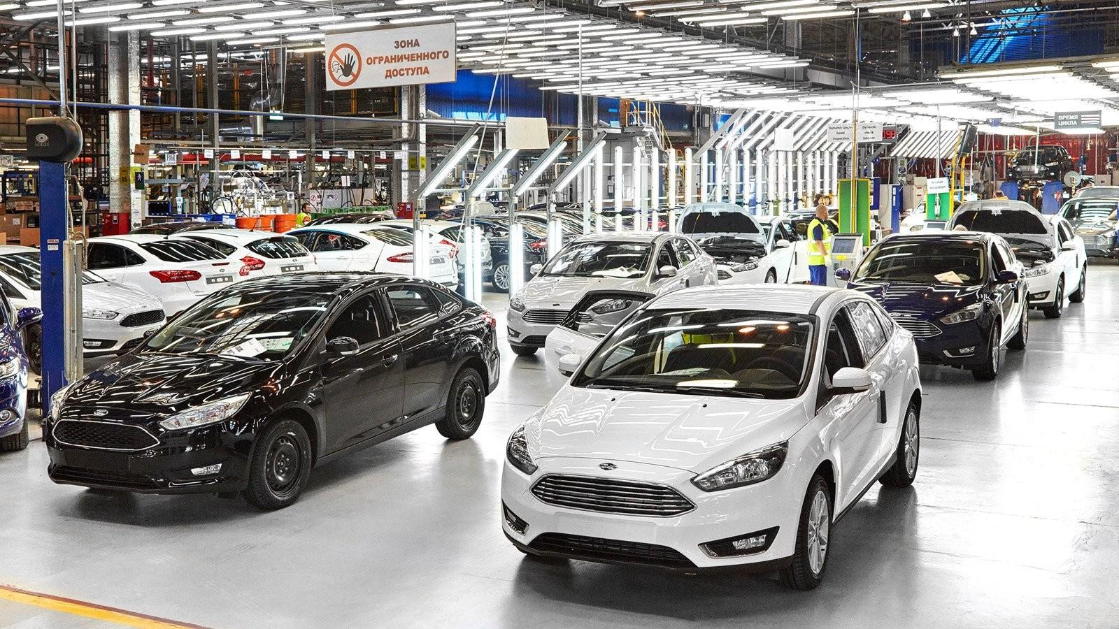Кроссоверы стали агрегатом продаж Форд в РФ