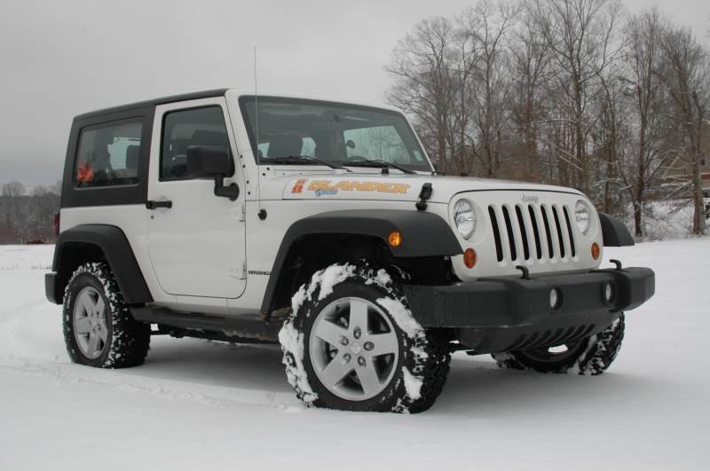 Jeep выпустит нарынок четырехдверный пикап Wrangler в 2019г.