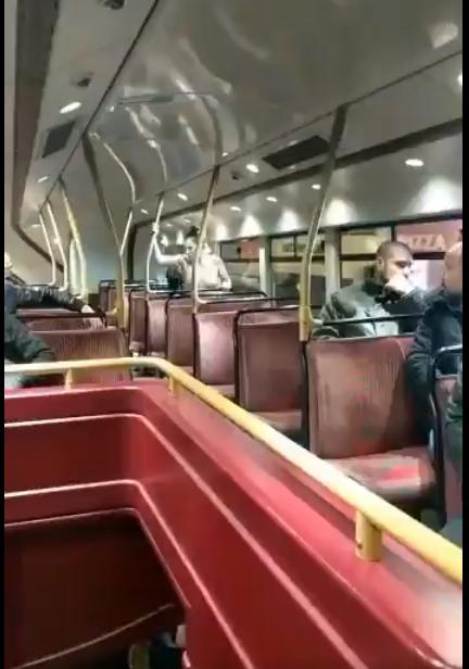 Скрытая секс в общественном транспорте на камеру смотреть