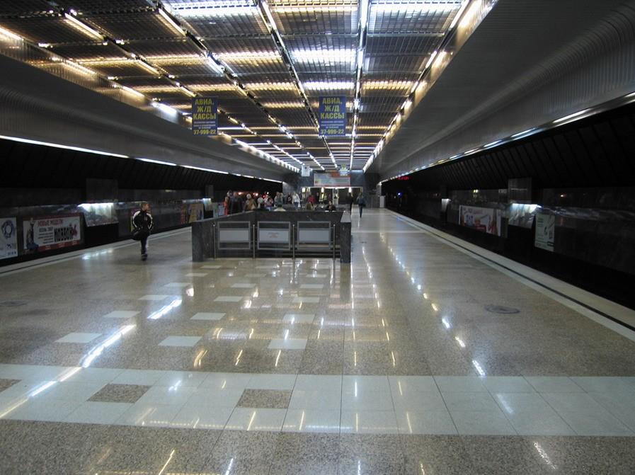 Захотевший втуалет гражданин Екатеринбурга парализовал работу метро