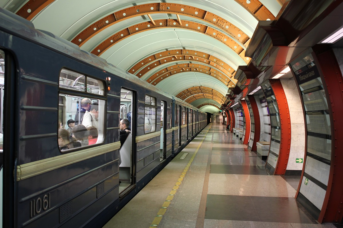 Станция «Площадь Восстания-2» неработала 50 мин.