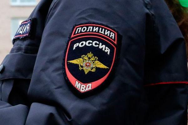 Злоумышленники заставили москвича заложить вломбард машину и приобрести iPhone вкредит