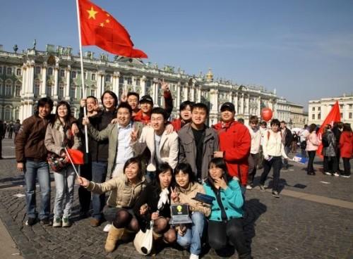 В 2017-ом  Петербург посетили 7,5 млн.  туристов