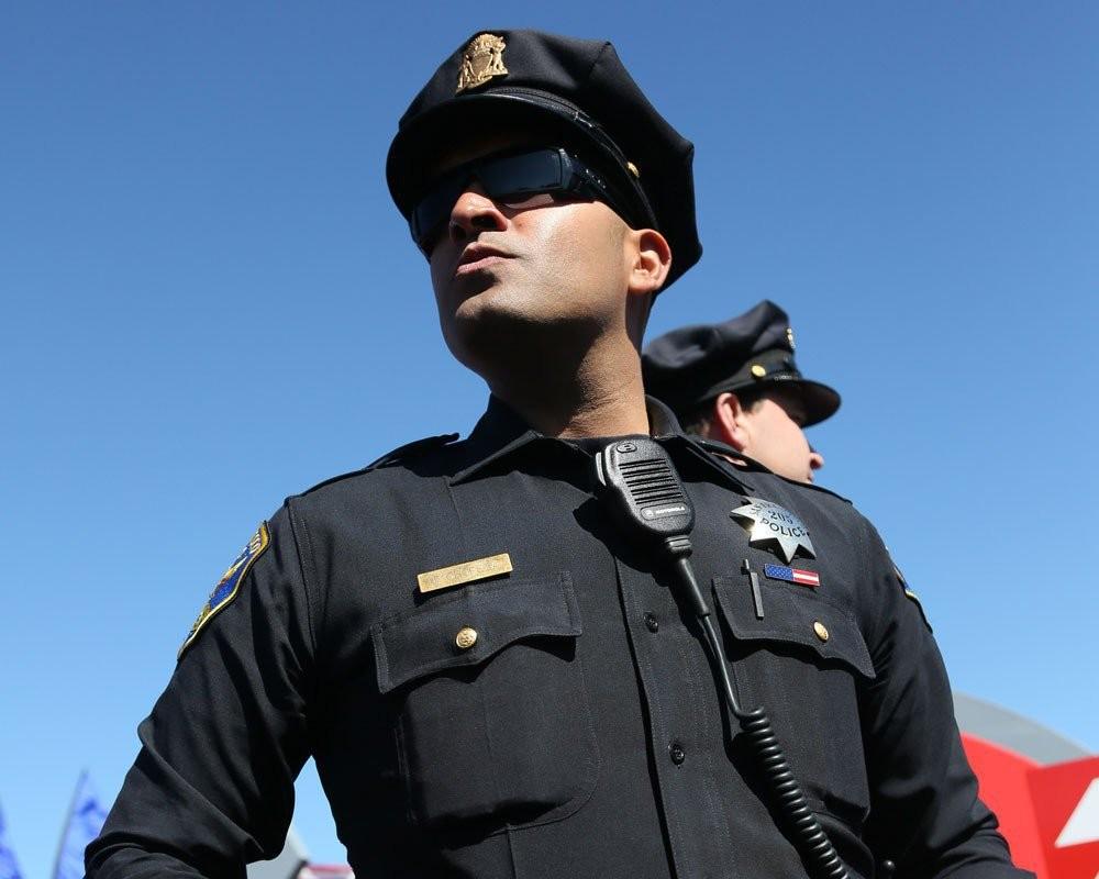 Приехавшие положному вызову полицейские убили  невиновного