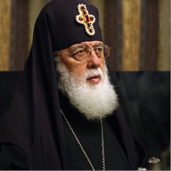 Илия II поздравил РПЦ со столетием восстановления патриаршества