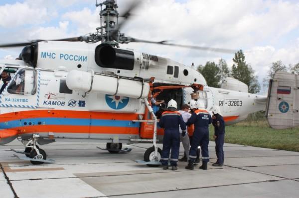 Вертолет МЧС дважды доставлял пациентов в больницу Твери
