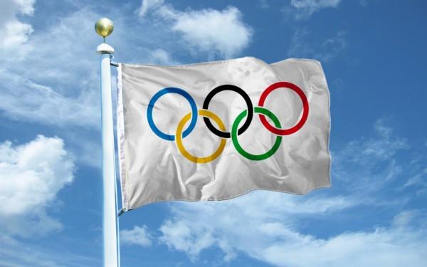 МОК допустил участие в ОИ спортсменов из России под нейтральным флагом