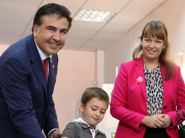 Жена Саакашвили рассказала о его пребывании в изоляторе