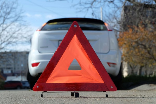 В Хабаровске Toyota Caldina сбила толпу пешеходов