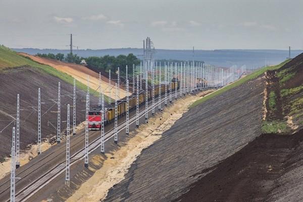 В Киеве прокомментировали запуск российских поездов в обход Украины