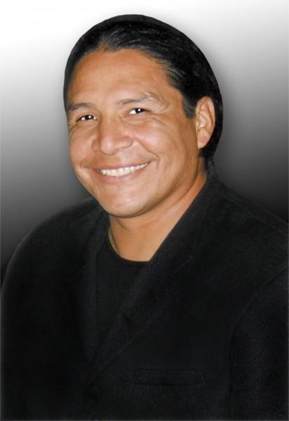 Умер 55-летний киноактер-индеец Ривис 7 декабря в Монтане