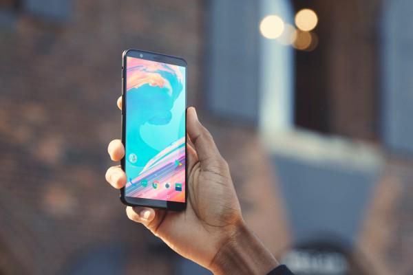 OnePlus 5T способен зарядиться быстрее других смартфонов