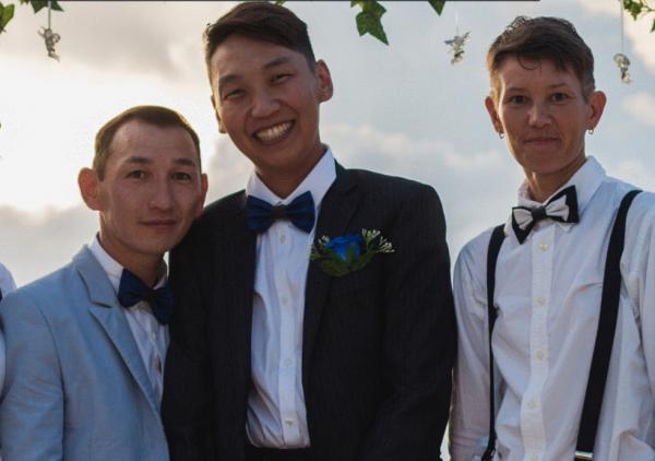 Республику Саха всполошила свадьба однополой якутской пары