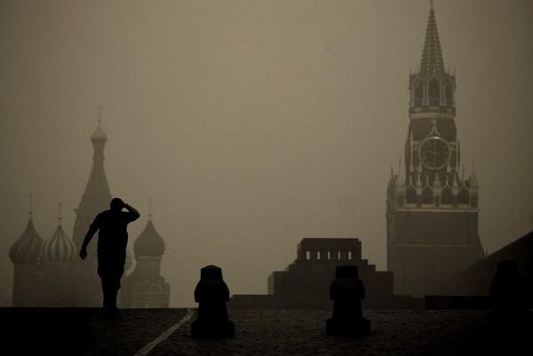 Роспотребнадзор озвучил причину отвратительного запаха в Москве
