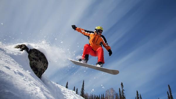 На сочинском горнолыжном курорте разбился сноубордист