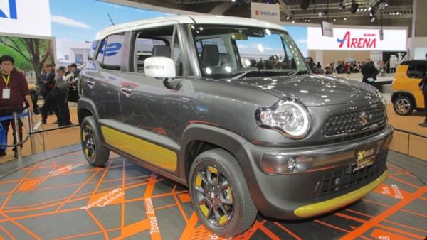 Suzuki вывела на рынок новый компактный кроссовер Suzuki XBee