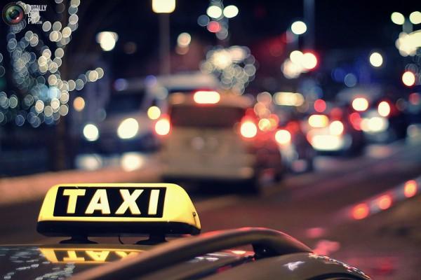 В Благовещенске таксисты ожидаемо поднимут цены новогодней ночью