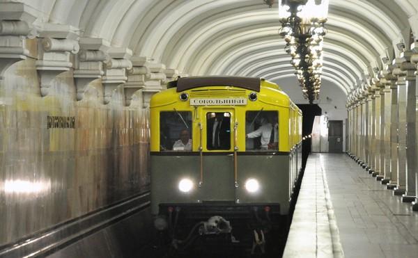 Метро Москвы в новогоднюю ночь будет работать без перерыва