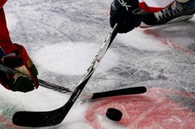 Матч детских хоккейных команд на Урале закончился массовой дракой