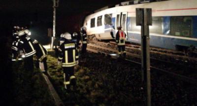 Два поезда столкнулись под Дюссельдорфом в Германии