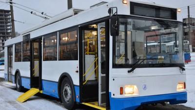В Саратове авария прервала движение троллейбусов в центр города