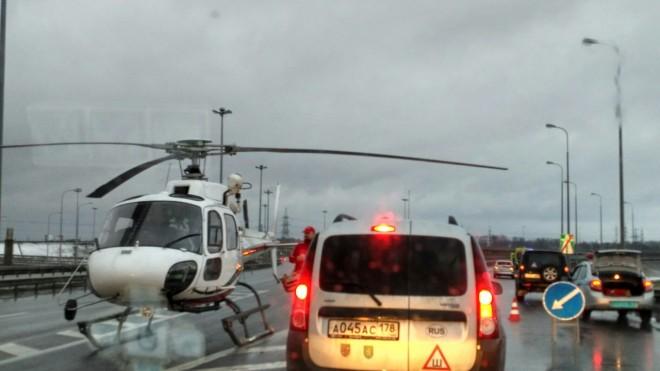У «Мега Парнас» пострадавшего вДТП ребенка забирал вертолет