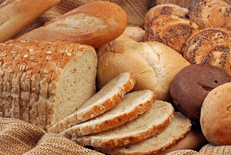 В Российской Федерации попало навидео, как хлеб для магазина собирают сземли