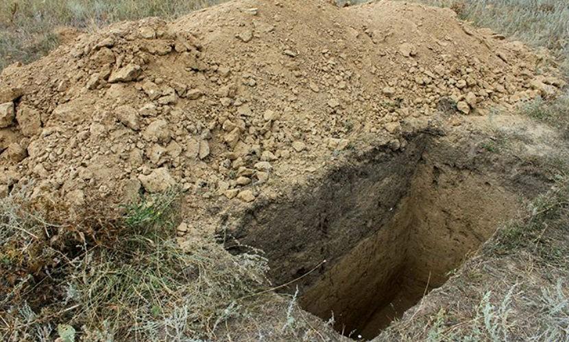 Колумбиец раскопал могилу брата ради совместной встречи Нового года