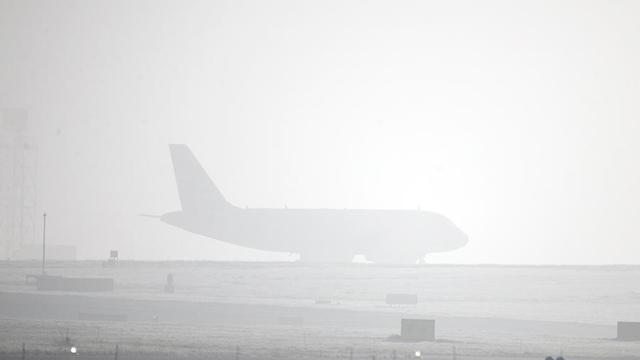 Туман задержал прибытие ваэропорт Симферополя 11 рейсов