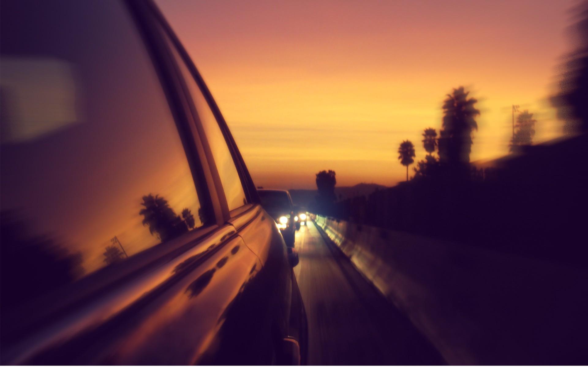 ВТольятти нетрезвый  шофёр  вез приятеля скорпоратива вбагажнике авто