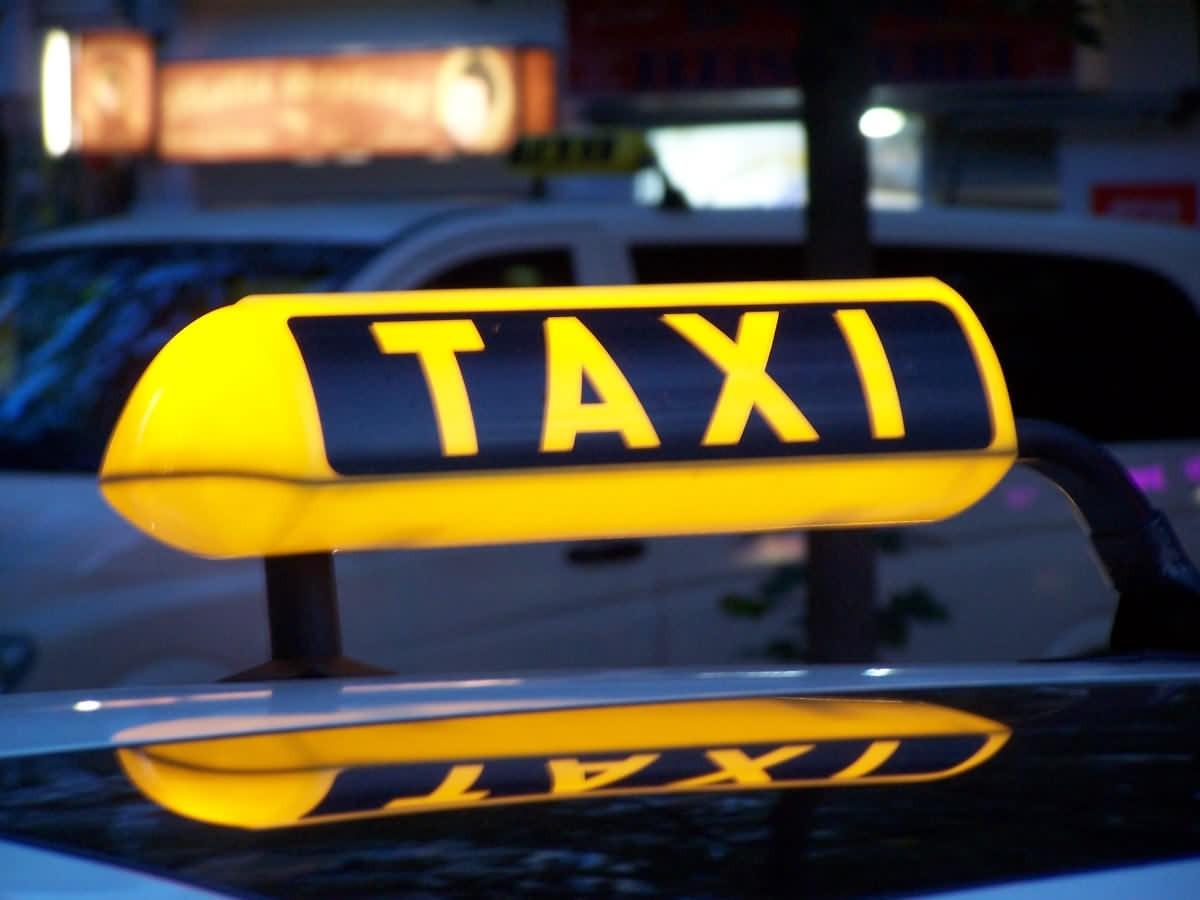Водителя такси изОбнинска ограбили заграничные жители