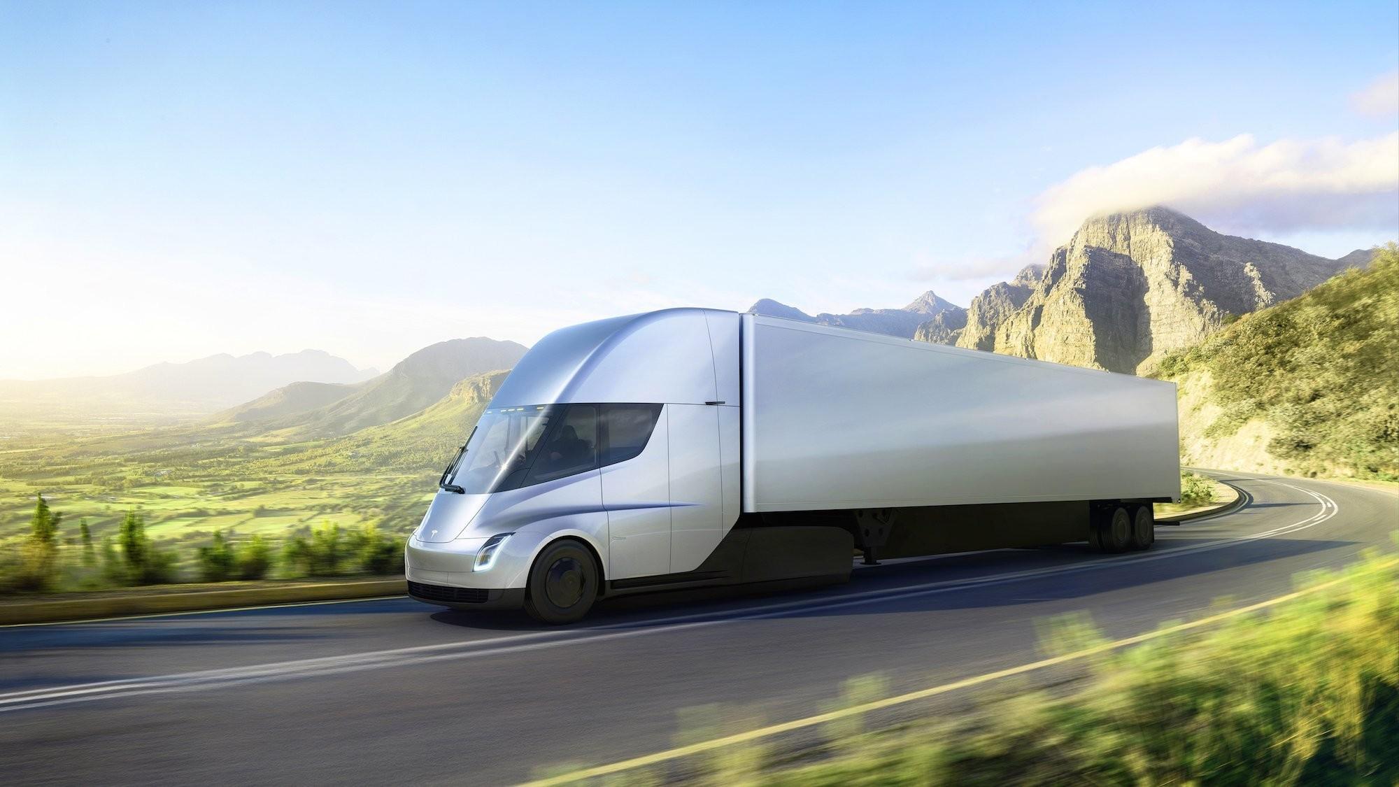 Tesla начала прием заказов наэлектрогрузовик Semi наевропейском материке