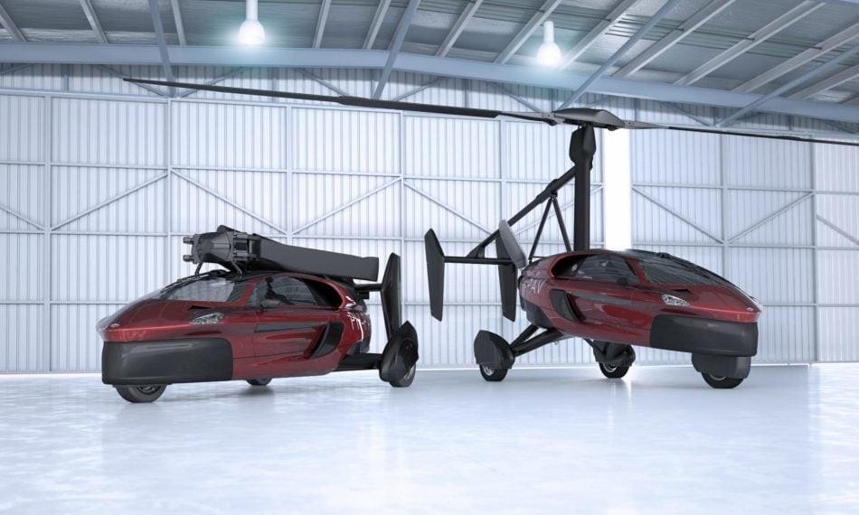 Компания PAL-V выпустила партию летающих машин