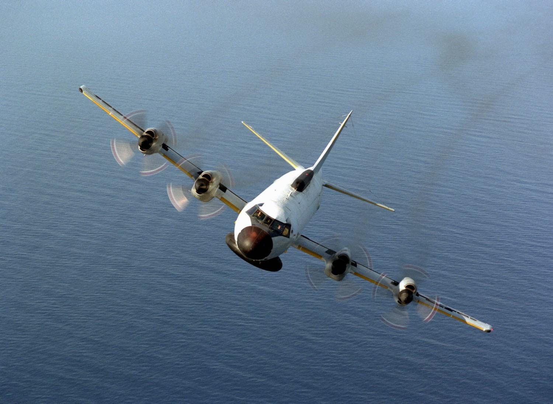 Противолодочный самолет США провел разведку около Крыма