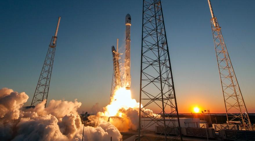 Секретный правительственный спутник США отSpaceX несмог выйти наорбиту