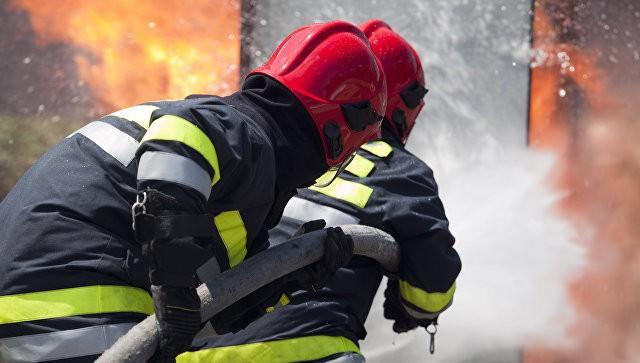 ВНижнем Новгороде загорелось лесохимическое предприятие, сказал источник