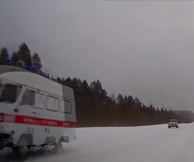ВУдорском районе Коми «скорая» мчалась кпациенту без колёс