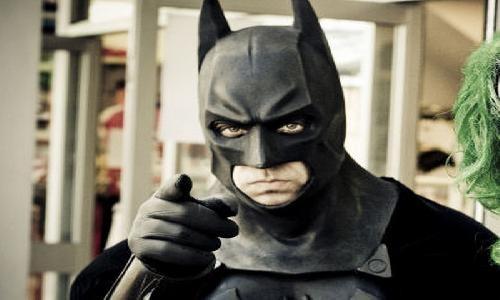 Калининградца, разбившего машины «по указу  Бэтмена», отправили налечение