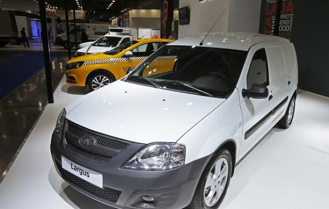 «АвтоВАЗ» готов поставлять в Туркмению «только белые машины»