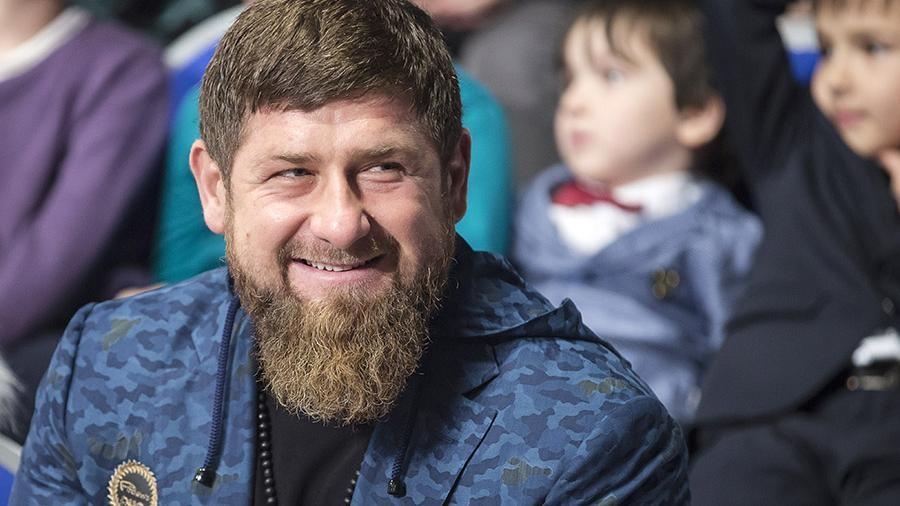 Престарелая чеченка, найденная вАзербайджане, получила дом отФонда Кадырова