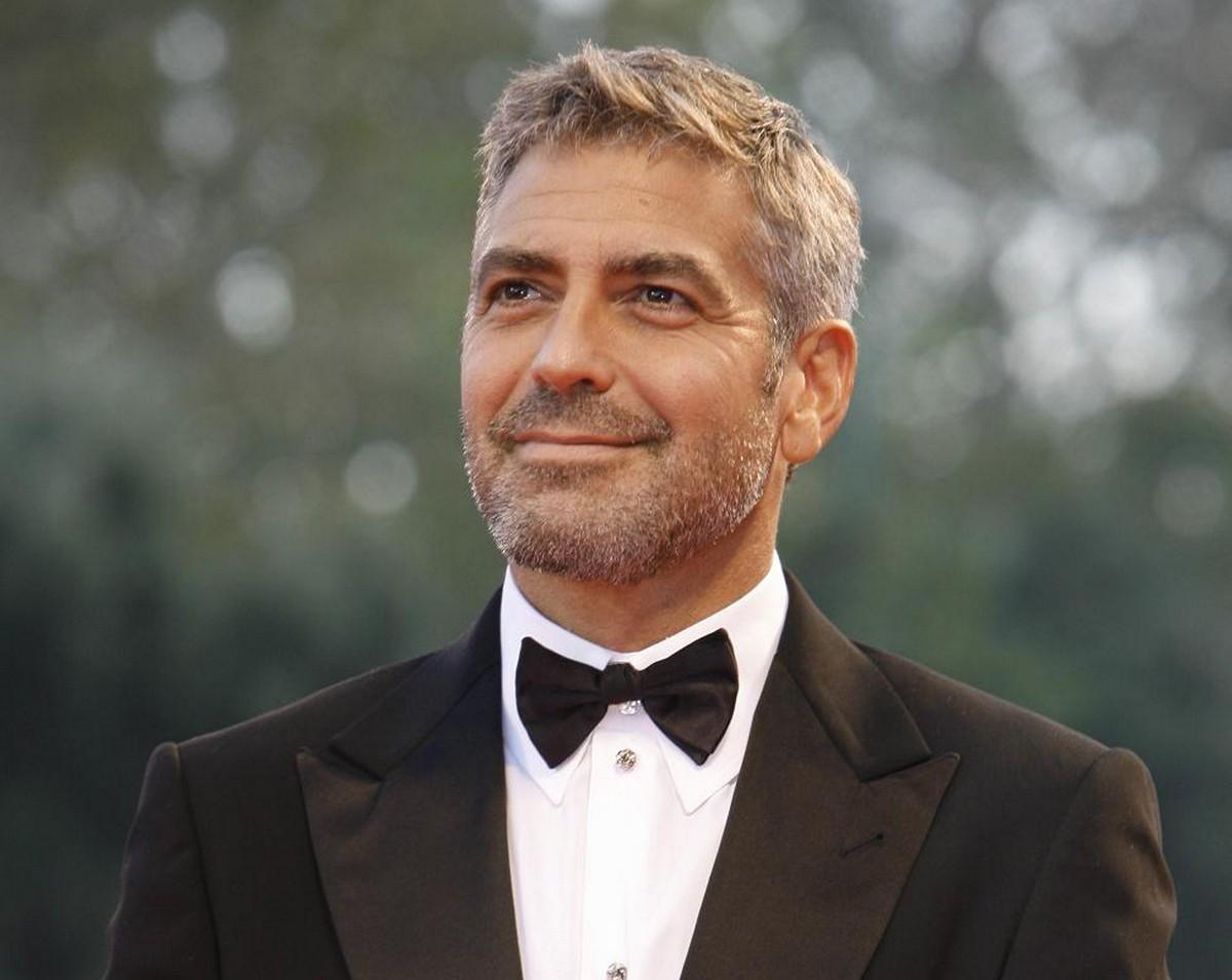 Джордж Клуни снимет «Уловку-22» для Hulu